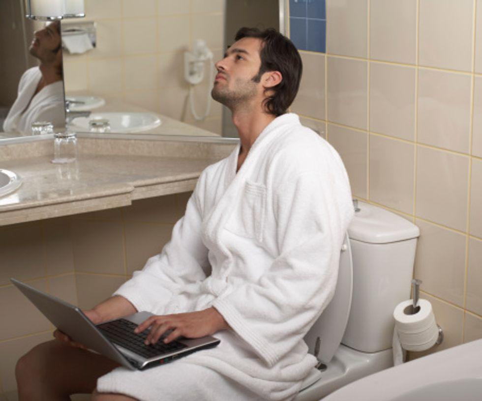 I newyorkesi lavorano in bagno, i londinesi fanno sesso alle 8: Paese che vai, abitudine che trovi