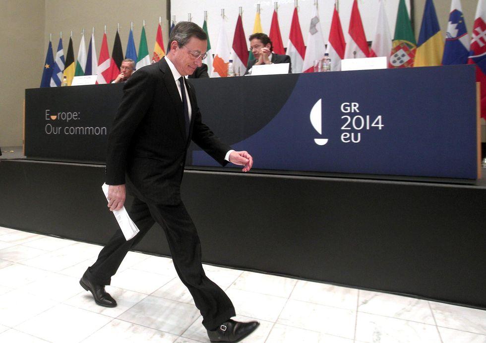 Bce, perché Draghi ha lasciato i tassi invariati