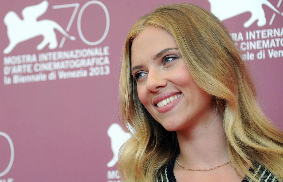 Under the skin: Scarlett Johansson seducente aliena a Venezia
