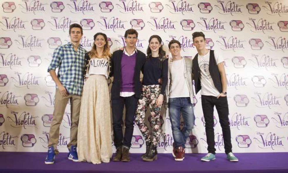 Martina Stoessel: anch'io, come Violetta, canterò per i miei fan
