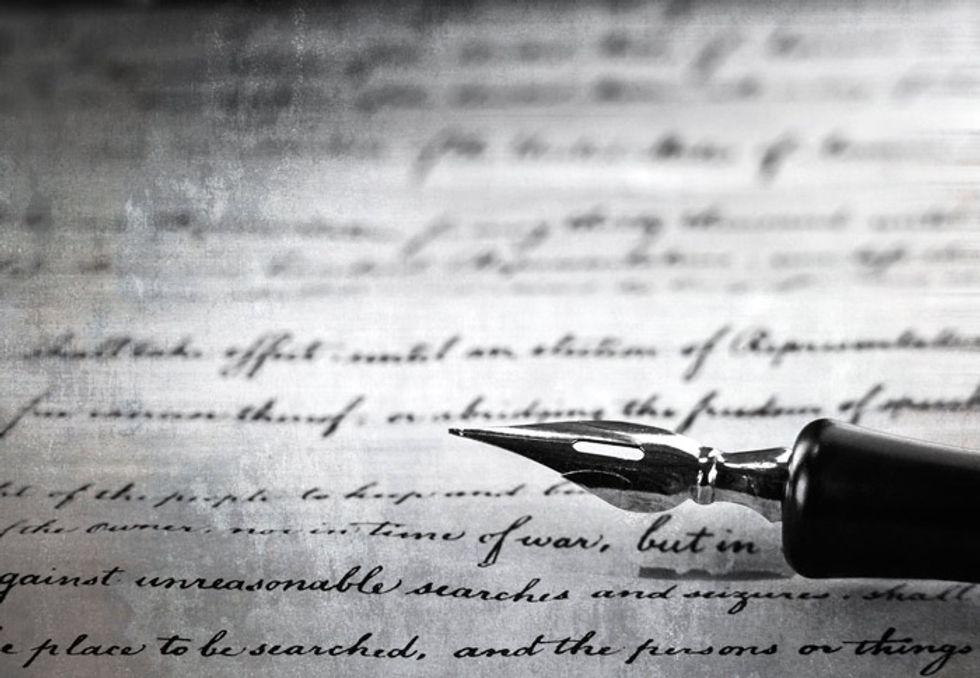 Scrivere un noir: le 10 regole di Raymond Chandler
