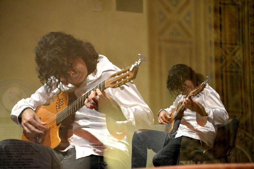 Giandomenico Anellino: il chitarrista che si trasforma in uomo orchestra