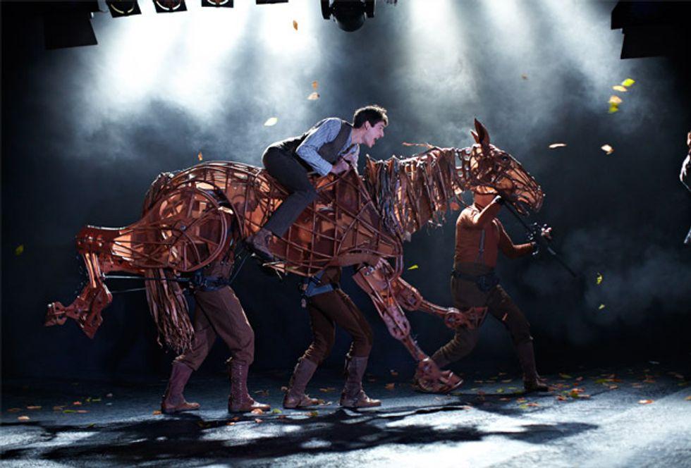 War Horse, dal National Theatre di Londra al cinema - Trailer