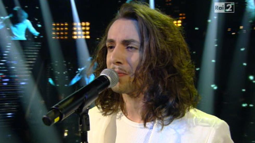 The Voice 2: le pagelle del primo Live. Tommaso Pini, dal cappuccio di lana ai brividi sulla schiena
