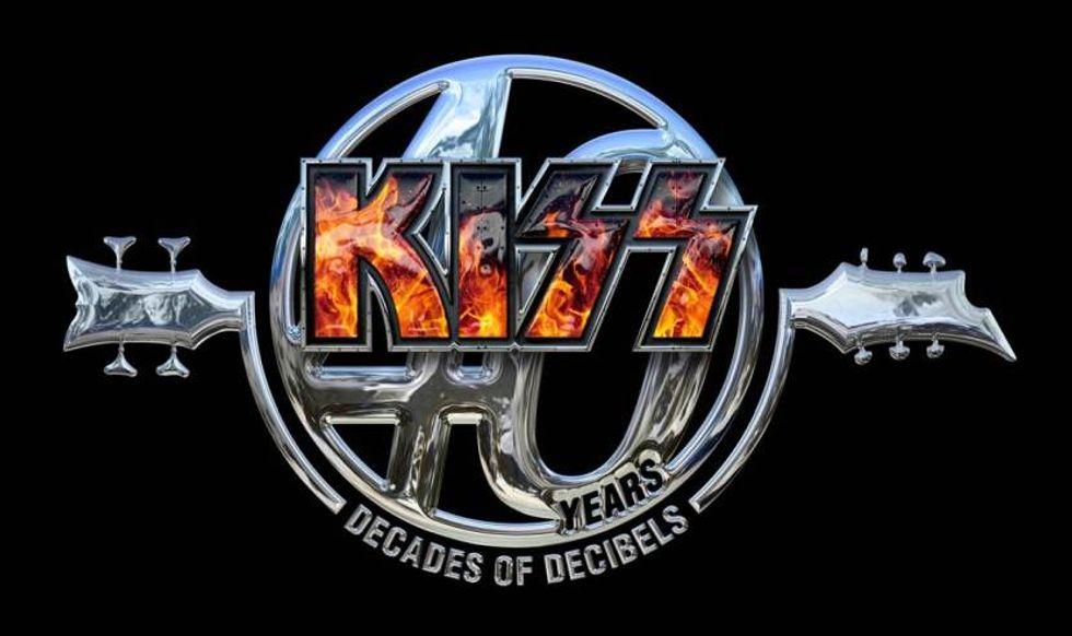 """Kiss: esce """"40"""", la compilation che celebra quattro decenni di rock in maschera"""