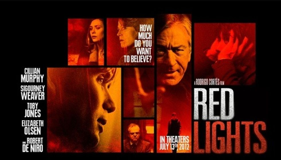 Red Lights: facciamo finta che non sia mai uscito nelle sale