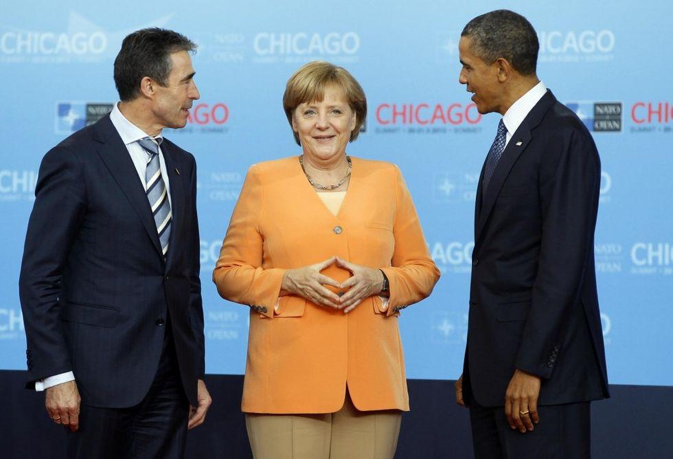 The Purple room – Angela Merkel, la crisi, le pari opportunità e il paradosso del salmone