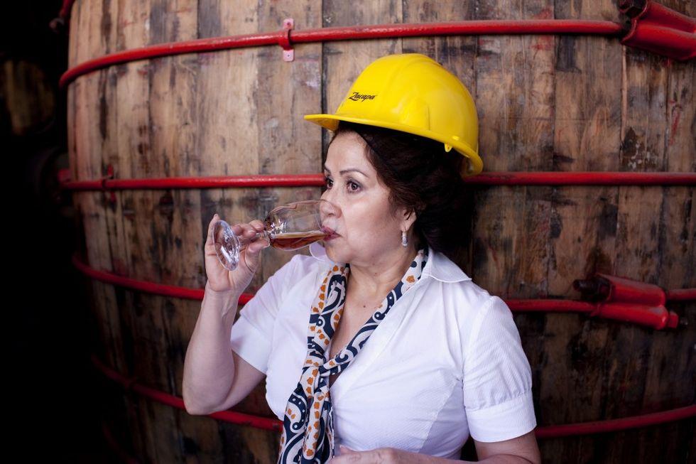 """Lorena Vásquez Ampie e il rum """"delle nuvole"""""""