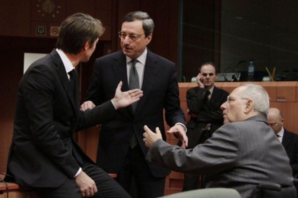 Perché la parola di Draghi non basta più