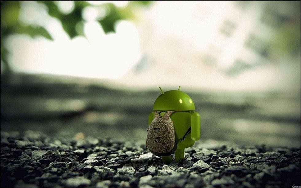 Quello smartphone così carino, ma troppo invasivo