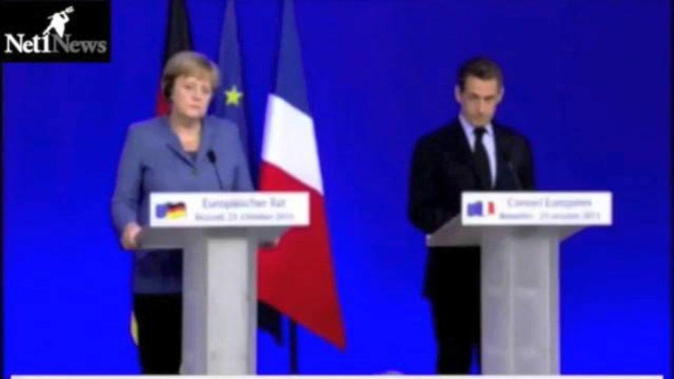 Sarkozy-Merkel, sorrisi e ironia sul colloquio con Berlusconi