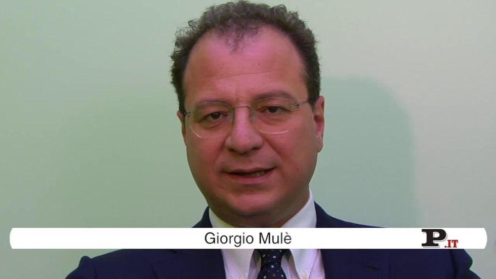 Il direttore Giorgio Mulè presenta il nuovo numero di Panorama, in edicola dal 30 agosto