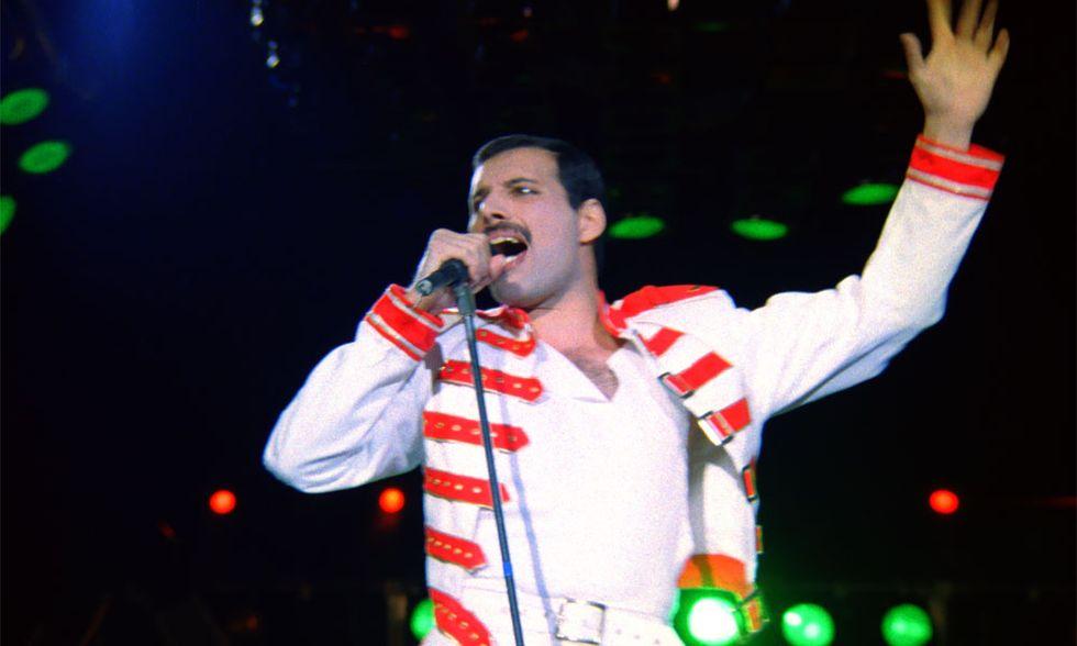 I Queen al cinema nel live di Budapest, l'ultimo concerto con Freddie Mercury - Video in esclusiva
