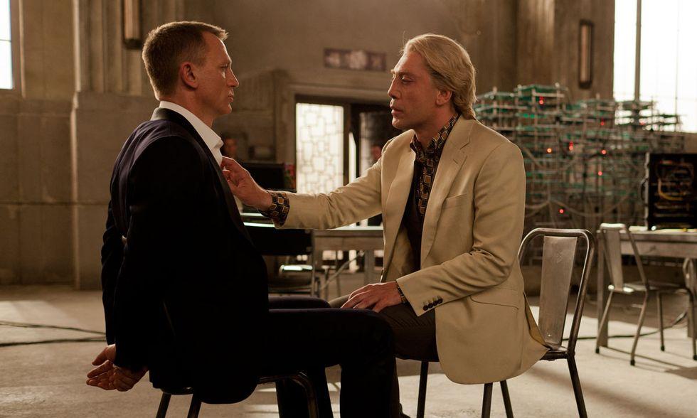 007 - Skyfall, Javier Bardem contro Daniel Craig - Video in anteprima