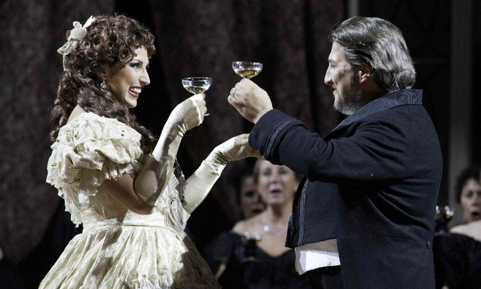 """""""Tosca"""" e """"La Traviata"""" al cinema - Video in anteprima"""