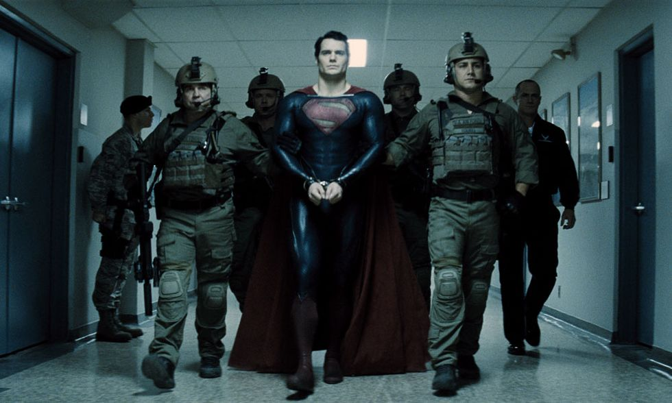 """""""L'uomo d'acciaio"""", alle origini di Superman: trailer italiano del film"""