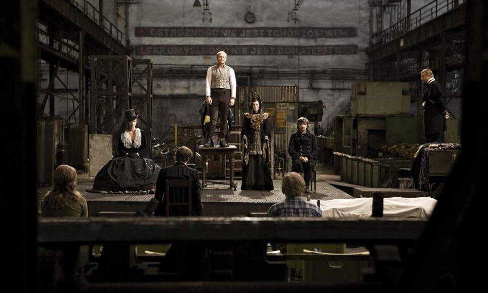 I fratelli Karamazov, il film: Dostoevskij ambientato in un'acciaieria - Video