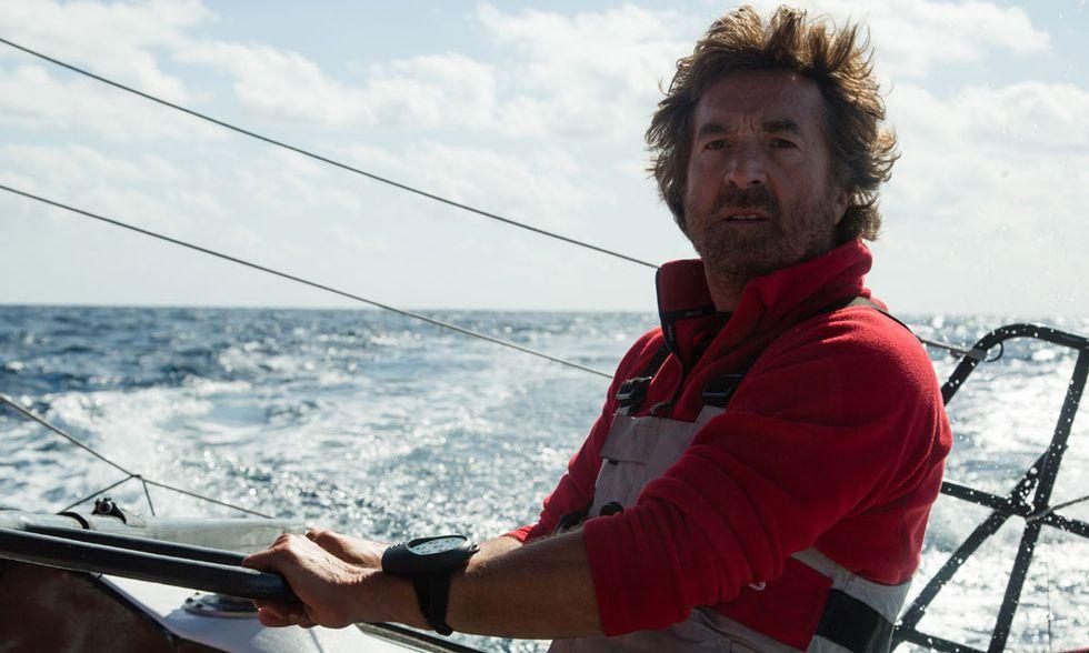In solitario, il giro del mondo in barca a vela di François Cluzet - Video