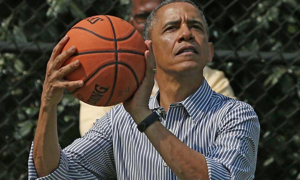 Obama si taglia lo stipendio