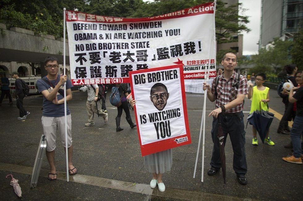 Cina contraria all'estradizione della talpa Edward Snowden