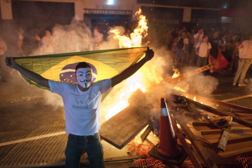 Brasile in piazza, ma non è Carnevale