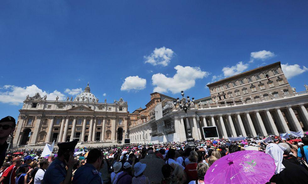 Ior, finanza vaticana, arresti e nuovi colpi di scena
