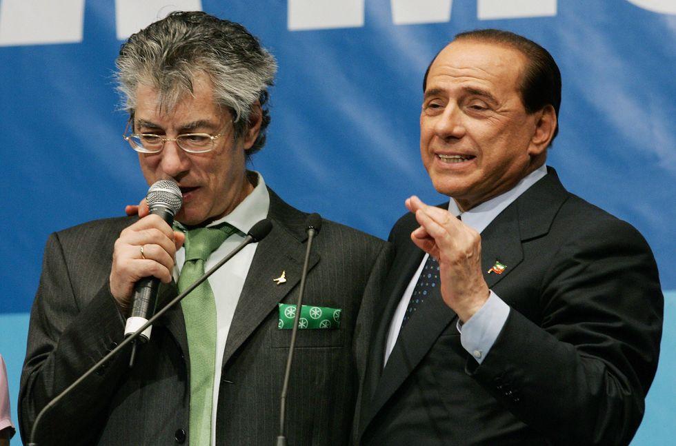 """""""Berlusconi è un combattente!"""", parola di Bossi"""