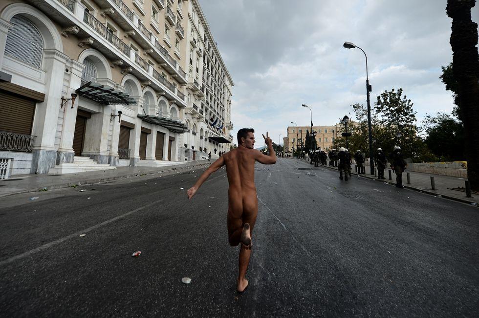 La favola greca dei conti in ordine