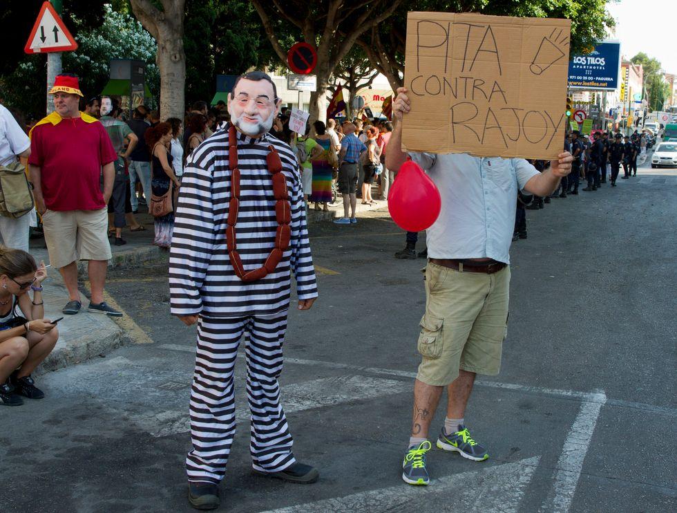 Il doppio scandalo che inchioda Rajoy