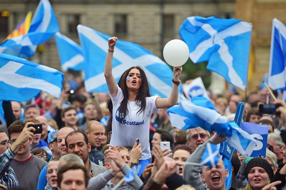 Vigilia di referendum in Scozia e altre foto del giorno, 17.09.2014