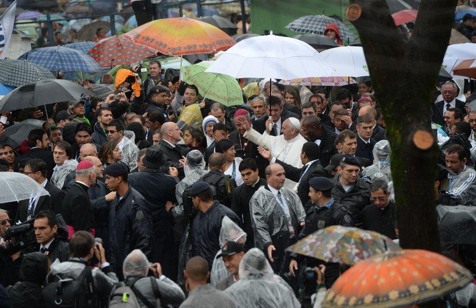 Papa Francesco tra le favelas e Copacabana