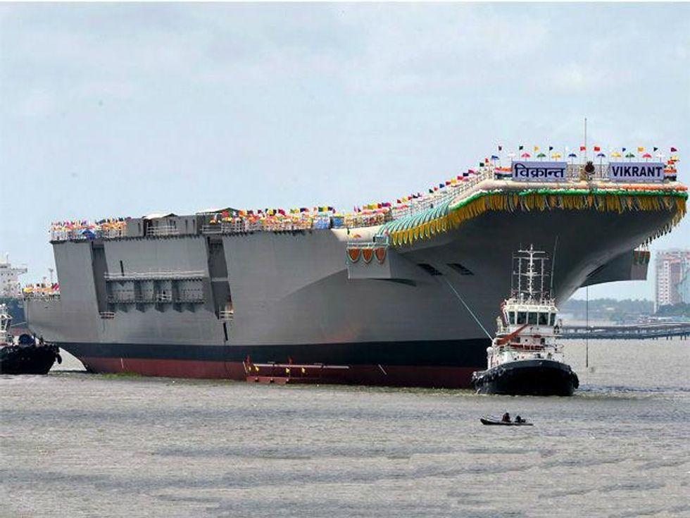 In Asia è corsa alla portaerei
