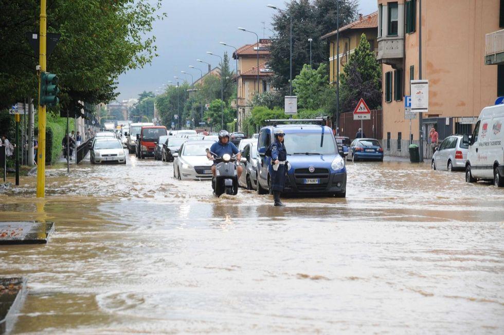 Maltempo: le immagini di Milano allagata