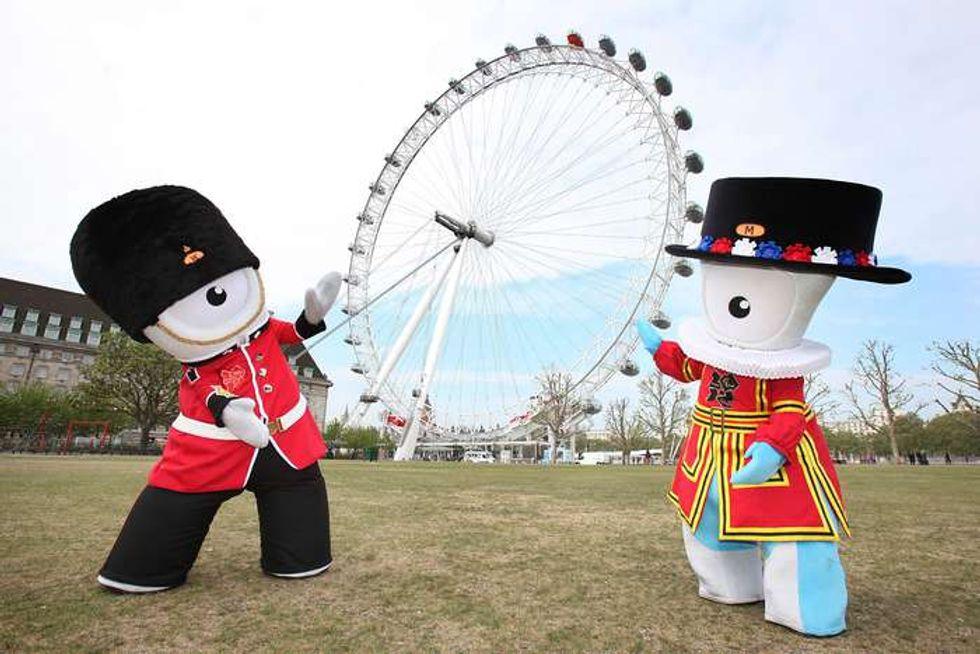 Londra -10: è gadgets mania dal gusto british