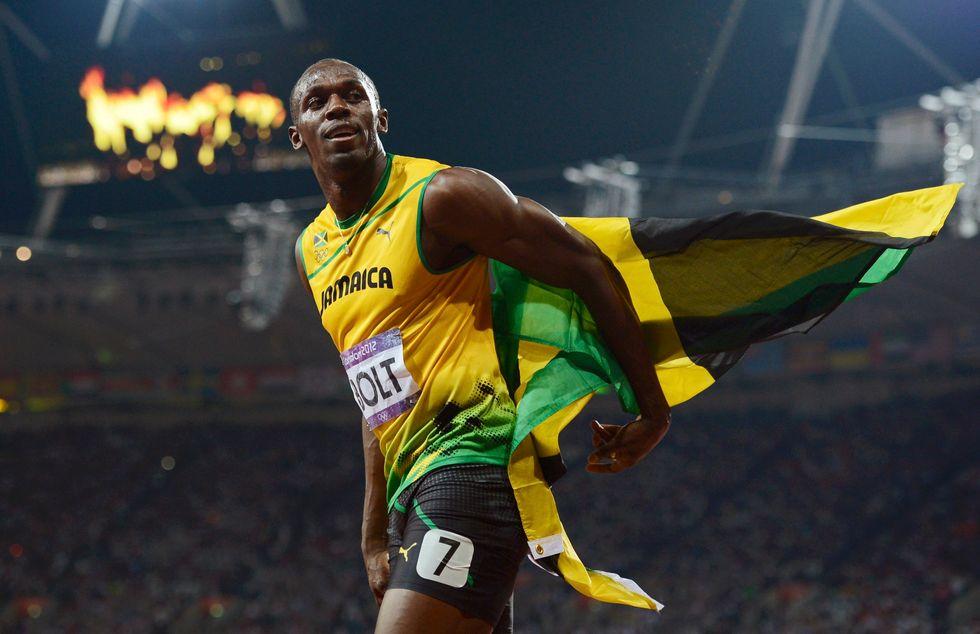 Bolt leggenda: 19''32 per battere anche Lewis