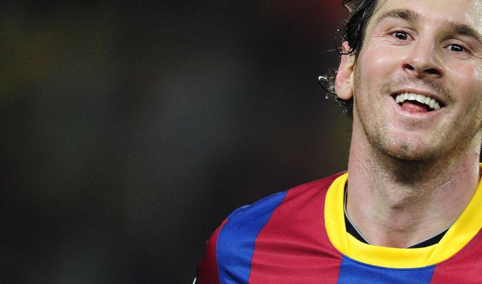 Follia-Barca. C'è crisi? Stipendio doppio per Messi