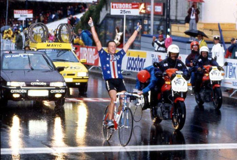 Lance Armstrong, quel marziano stanco di proclamarsi innocente
