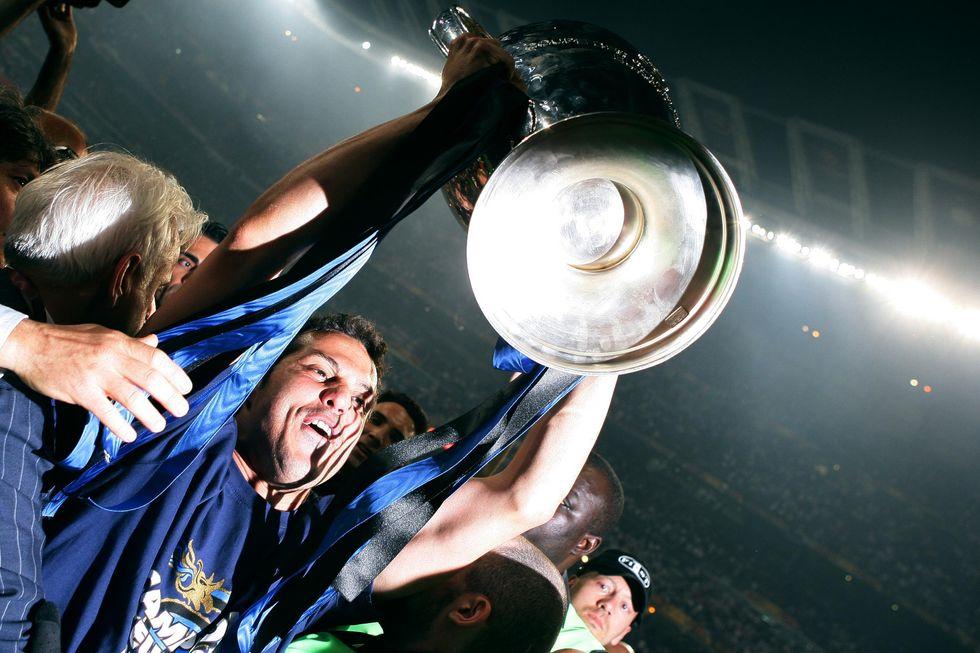 Julio Cesar lascia l'Inter. La moglie saluta così