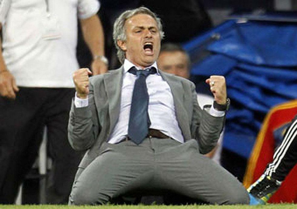 Mourinho vince la sfida della fortuna con Mancini