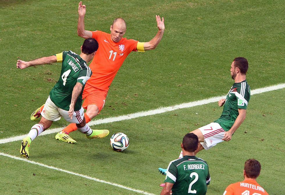 Robben ha simulato? Rabbia Messico e il giallo delle scuse