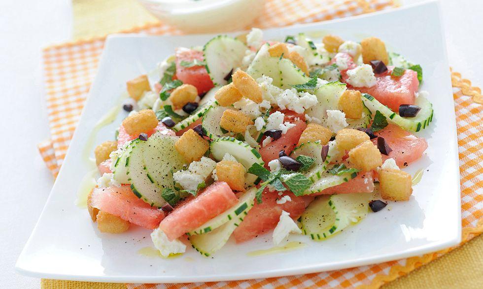 Ricette d'estate: insalata d'anguria con feta e olive