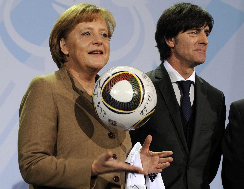 La Coppa porta la pace tra Löw e la Merkel