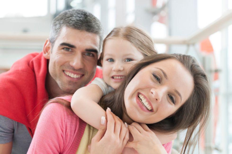Cognome del padre, della madre o doppio: ecco come cambierà