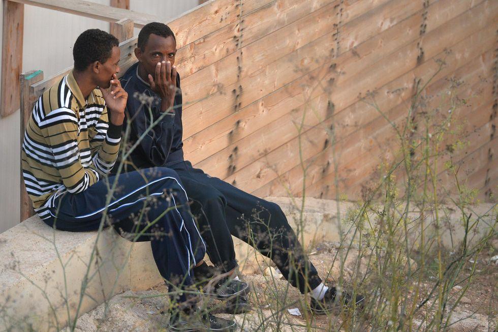 La battaglia della deputata grillina per la buona digestione dei migranti