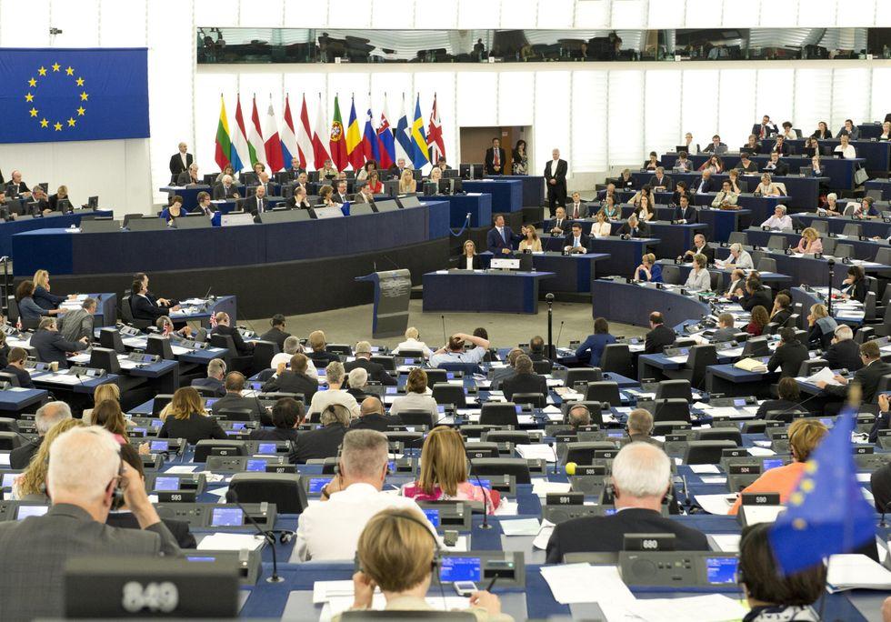"Guerra ""grillina"" per un seggio a Bruxelles"