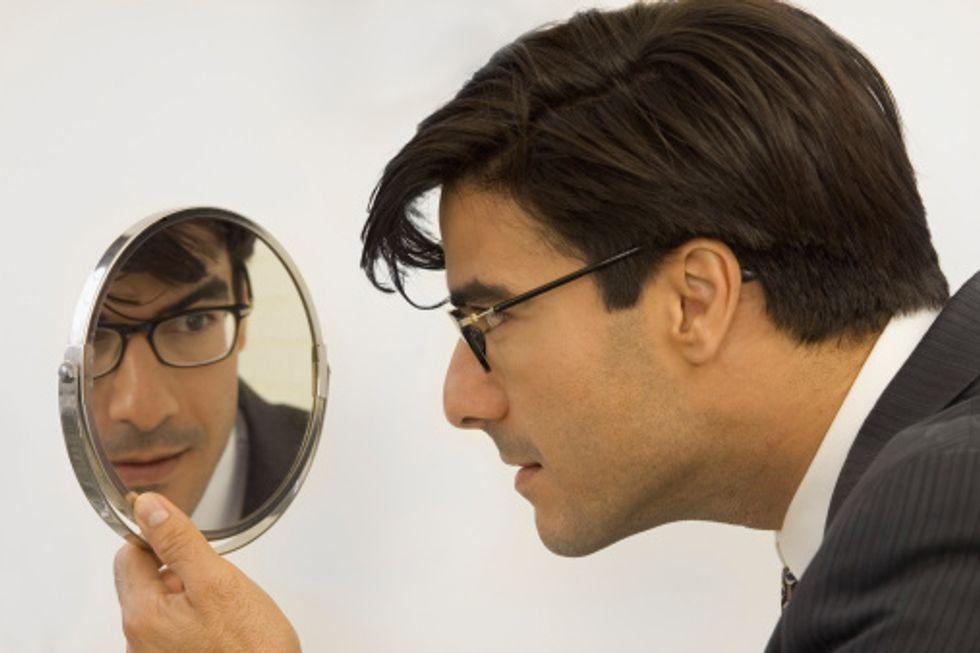 Brillanti, sicuri e soprattutto narcisisti. Ecco come sono i manager