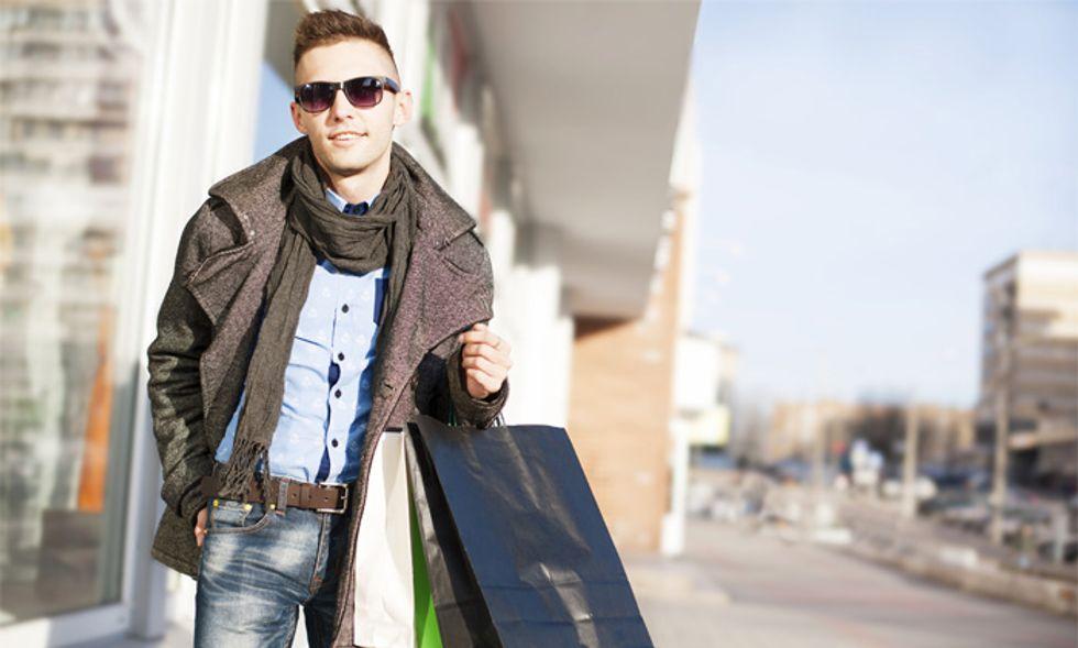 Shopping: gli uomini mentono di più