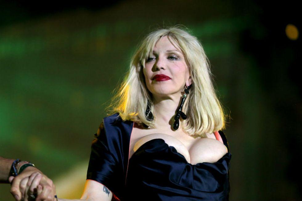 Courtney Love compie 50 anni e sogna un musical su Kurt Cobain
