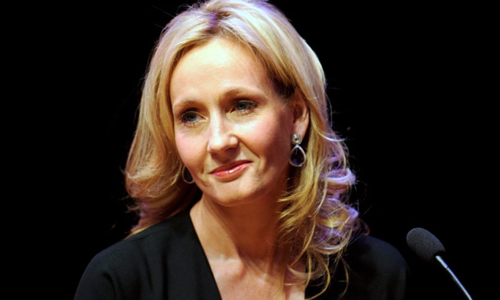 J. K. Rowling conferma la sua 'svolta poliziesca'