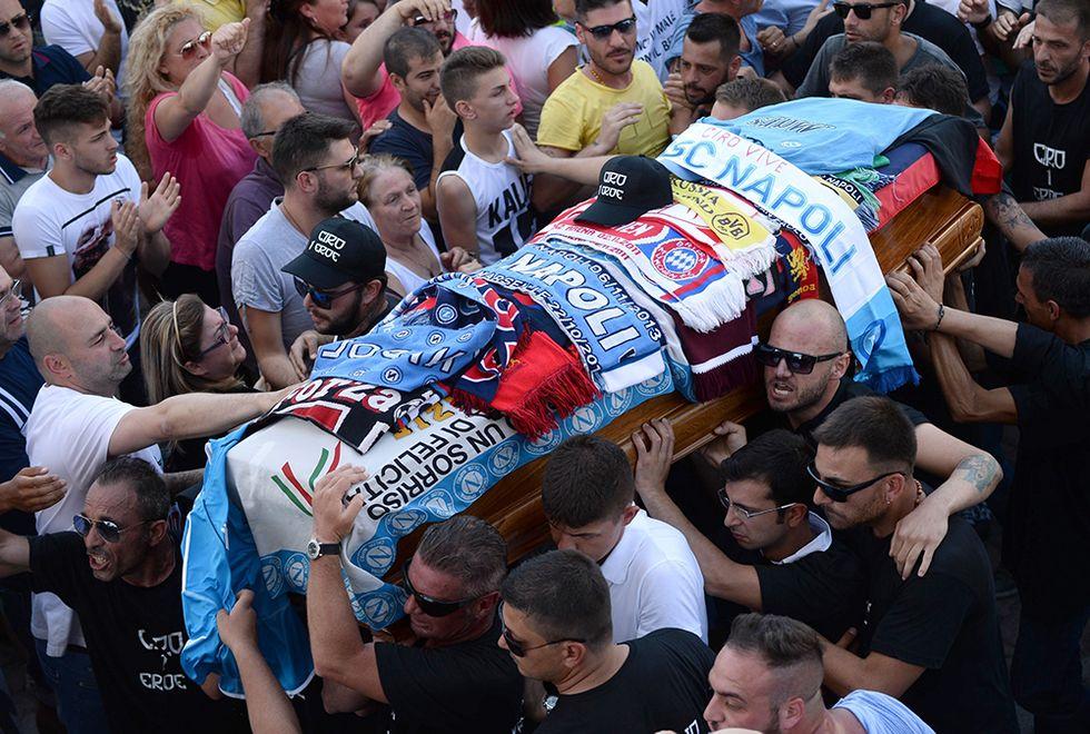 L'ultimo saluto a Ciro Esposito e altre foto del giorno, 27.06.2014